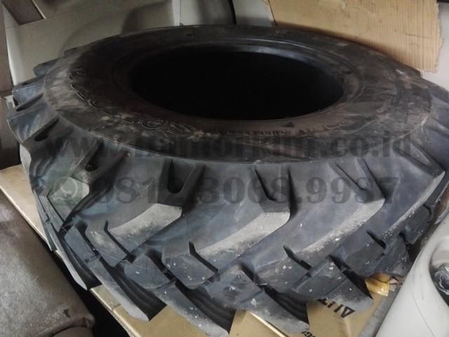 ban luar traktor solideal tipe mp 567 ukuran 12.5-20